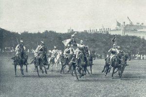Die LICHTENSTEIN- Kürassiere 1809 kehren von einer Attaque mit einer eroberten französischen Fahne zurück.