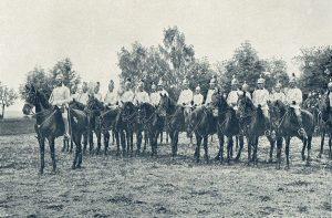 Kürassiere zur Zeit des Gefechtes bei WYSOKOV, bereits mit jenen Helmen die bis in den ersten Weltkrieg getragen wurden.
